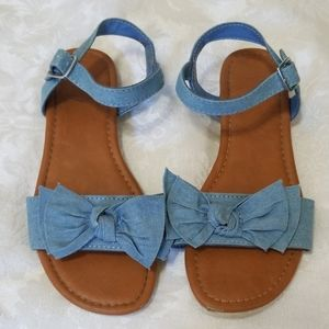 Cute Chambray Bow Sandals